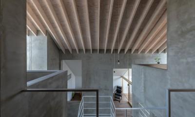 西改田の二世帯住宅 (3F寝室 リビング 3F動線室)