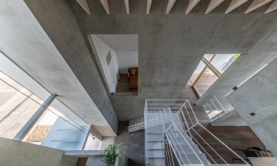 西改田の二世帯住宅 (リビング ダイニング 2F,3F寝室 玄関 動線室)