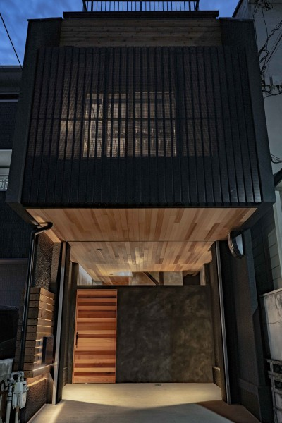 facade (京都市重量鉄骨の家〜狭小住宅リノベーション〜)