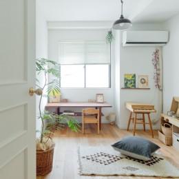 兵庫県S邸  − 北欧のヴィンテージ家具を素敵に魅せる家 − (こども部屋)