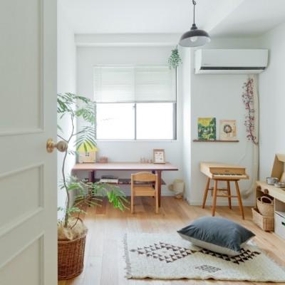 こども部屋 (兵庫県S邸  − 北欧のヴィンテージ家具を素敵に魅せる家 −)