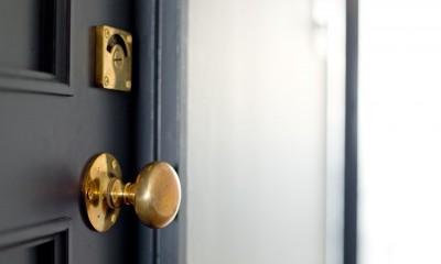兵庫県S邸  − 北欧のヴィンテージ家具を素敵に魅せる家 − (扉)