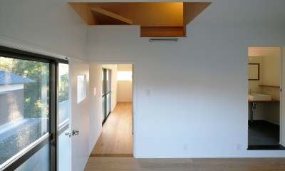朝倉の家【リノベーション】 (リビングと回遊できる子供部屋)