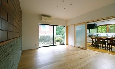 朝倉の家【リノベーション】 (ダイニングとの間仕切2)