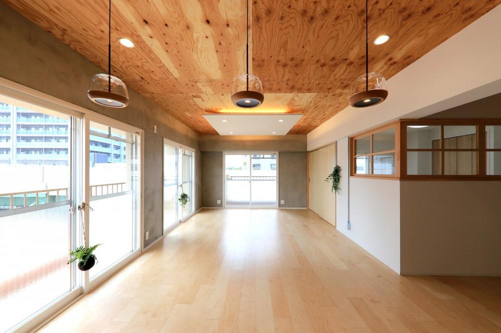 中古マンション・フルリノベーション_001「木の暖かみにあふれた優しい家」 (001「木の暖かみにあふれた優しい家」リビングダイニング)