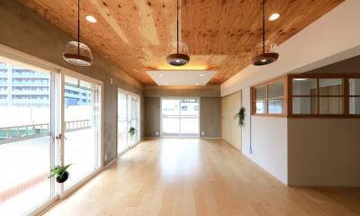 001「木の暖かみにあふれた優しい家」リビングダイニング|中古マンション・フルリノベーション_001「木の暖かみにあふれた優しい家」