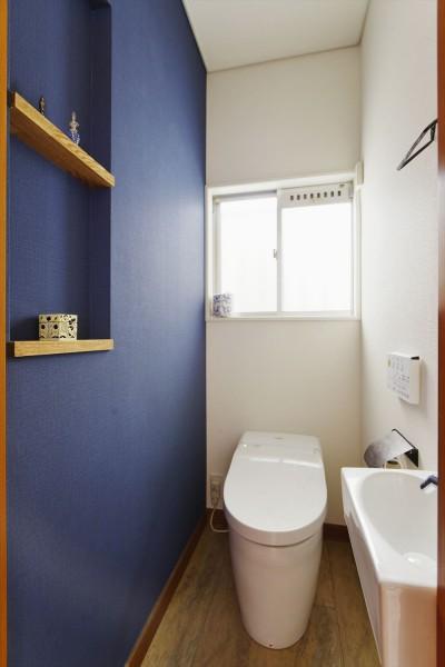 トイレ (面影を残し、お気に入りを詰め込んで…。)