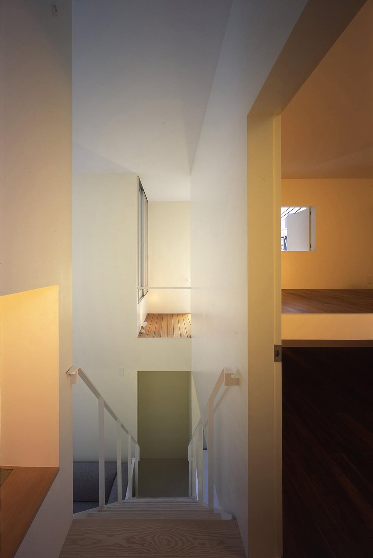 門前仲町の住宅 (階段)