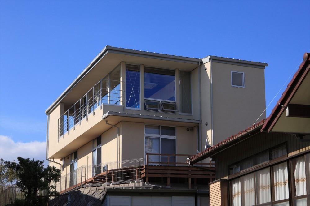 清流の家~眺望のよい2世帯住宅~ (丘に建つ家)