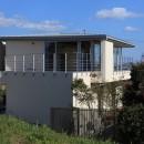 清流の家~眺望のよい2世帯住宅~の写真 開放されるリビングテラス