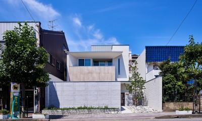 八幡の家~都市型コートハウス~