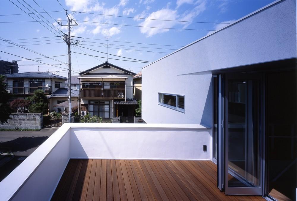 府中の住宅 (2階バルコニー)
