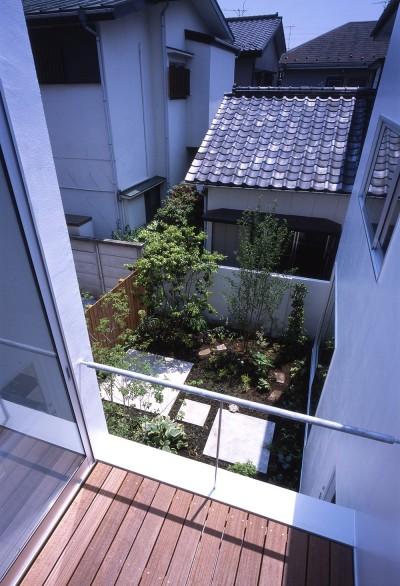 2階テラス (府中の住宅)