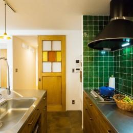 récolte - 実家リノベで雑貨とグリーンと思い出に囲まれて暮らす (キッチン)