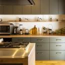 Legrand - アイランドキッチンを中心にぐるり。コンパクトな動線で家事効率UP!の写真 キッチン