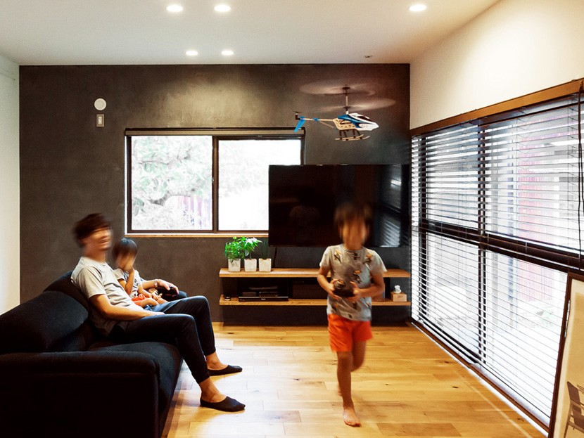Legrand - アイランドキッチンを中心にぐるり。コンパクトな動線で家事効率UP! (リビング)