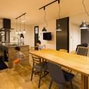 Legrand - アイランドキッチンを中心にぐるり。コンパクトな動線で家事効率UP!の写真 ダイニング
