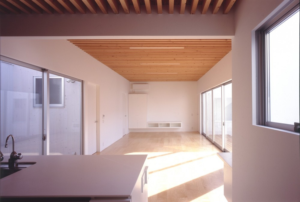 富津の2世帯住宅 (LDKスペース)
