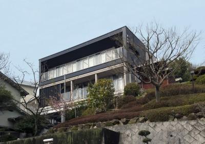三宅歯科+住宅 (S-HOUSE)