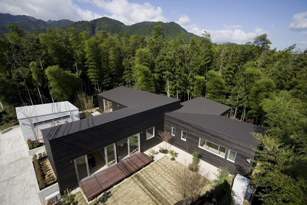 湯の山の住宅 (外観)