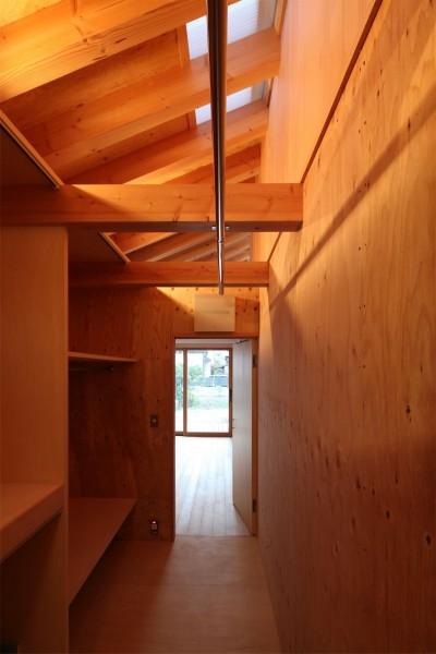 納戸 (瀬谷の書斎 - 木造平屋の離れ)