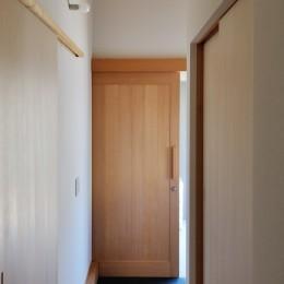 六条の家 (玄関)