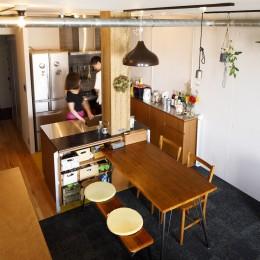 chill vill-愛犬と一緒にのびのび暮らしたい。スキップフロアでつながる空間 (ダイニングキッチン)
