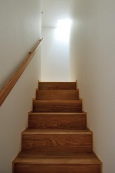 階段 (六条の家)
