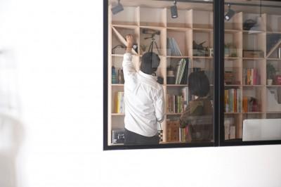 室内窓 (暮らしながら働く理想の暮らし)