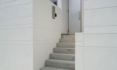 B-house/天井の高い帰りたくなる家 (エントランス)