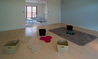 2階リビング、子供部屋|B-house/天井の高い帰りたくなる家