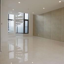 ホワイトを基調にした明るく高級感のある空間