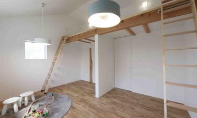 洗練された「北欧デザイン」の家。性能もデザインも規格型住宅『TRETTIO』で解決。 (子供部屋)