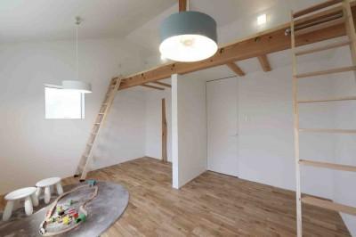 子供部屋 (洗練された「北欧デザイン」の家。性能もデザインも規格型住宅『TRETTIO』で解決。)