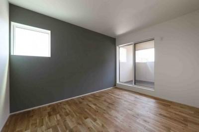 寝室 (洗練された「北欧デザイン」の家。性能もデザインも規格型住宅『TRETTIO』で解決。)