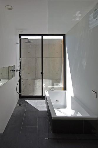 吉前の家 (浴室)