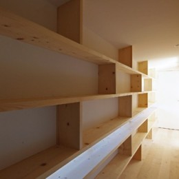 飯村の家-廊下