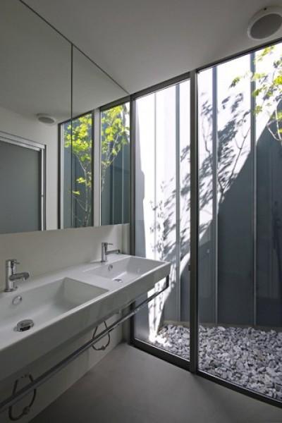 洗面脱衣室 (飯村の家)