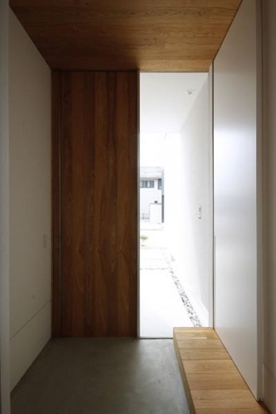 玄関 (神戸の家)