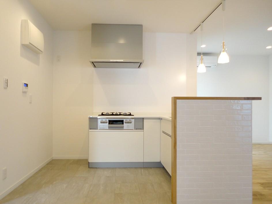 おこもりスペースのあるLDK (キッチン)