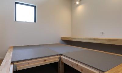 外部の視線を気にしない2階LDKの家 (和室)