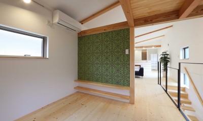 デザイナーズチェアが映えるシンプルに魅せる家 (洋室)