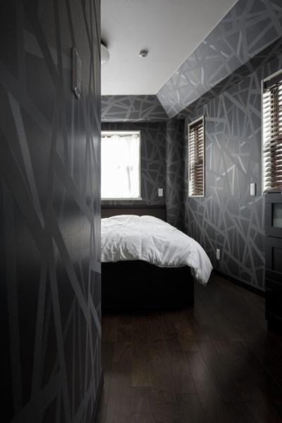 主寝室 (ニューヨークのクラシックなホテルをイメージした、印象深いインテリア)