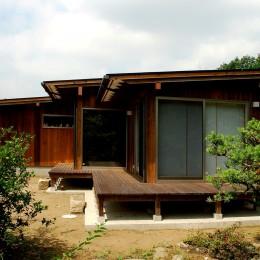 印旛の家 -終の棲家 緑の中に建つ平屋- (外観)