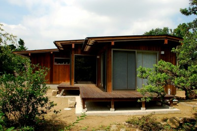 外観 (印旛の家 -終の棲家 緑の中に建つ平屋-)