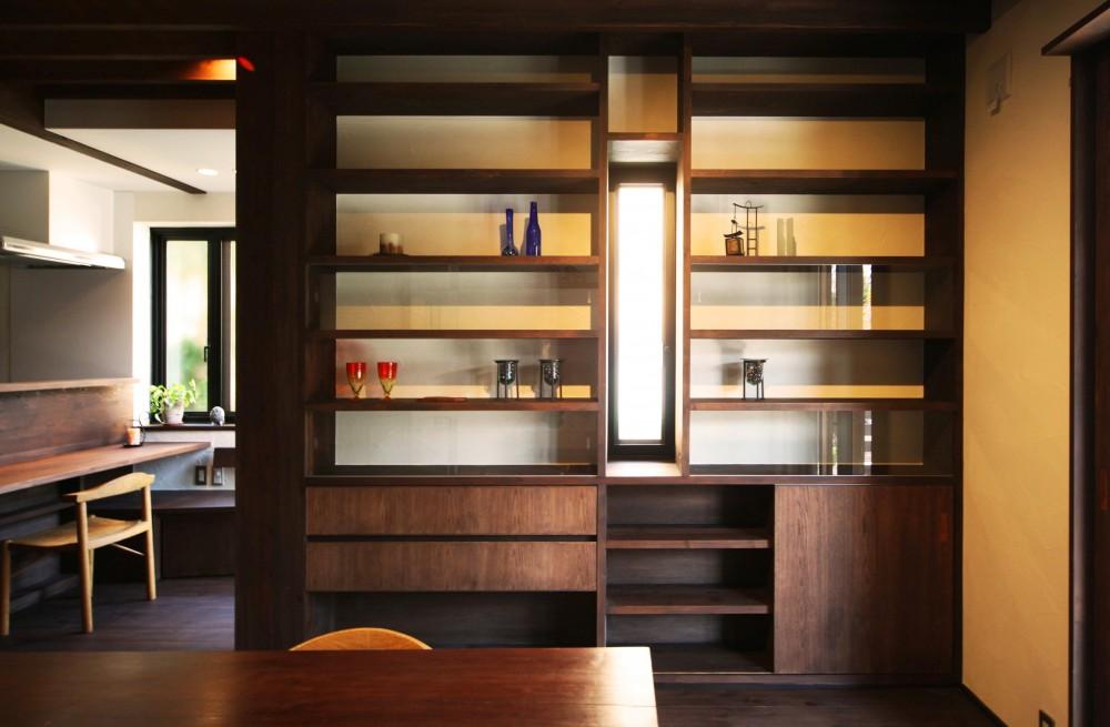 ちはら台の家-築19年のフルリノベーション- (本棚)