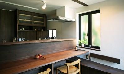 ちはら台の家 ー家も人も生まれ変わるリノベーションー (キッチン ダイニング)