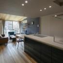 『上駒沢の家』プライベートを大切にした二世帯住宅の写真 暮らし始めたLDK(子世帯)