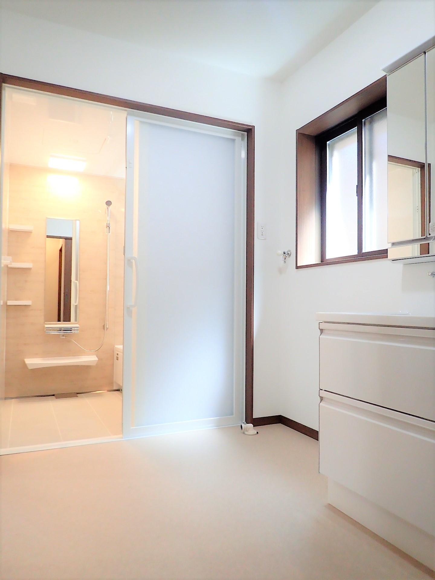 バス/トイレ事例:洗面脱衣室(ダブル断熱で愛犬と快適な毎日を)
