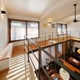 築50年木造の家-古きよき姿を残しながら住み継ぐリノベーション- (遊び心がきいたキャットウォーク)